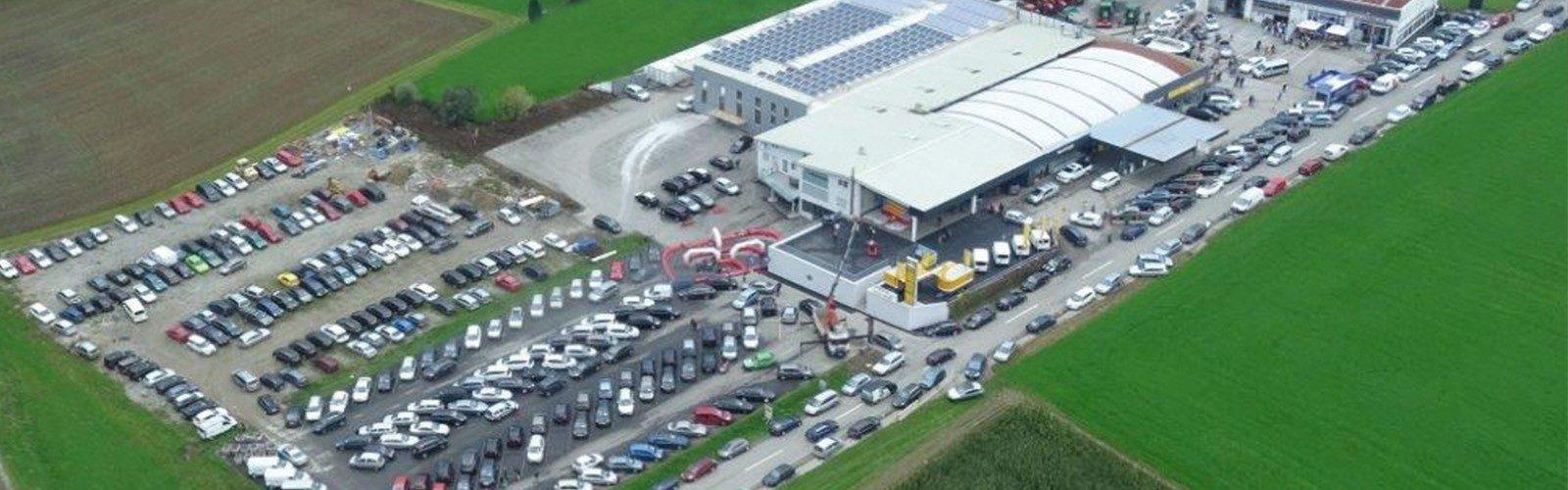 14000 m² Autoschau bei Ing. Günther Baschinger GmbH in